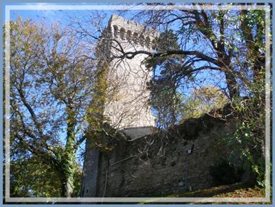 La Pomarède le château muraille ouest